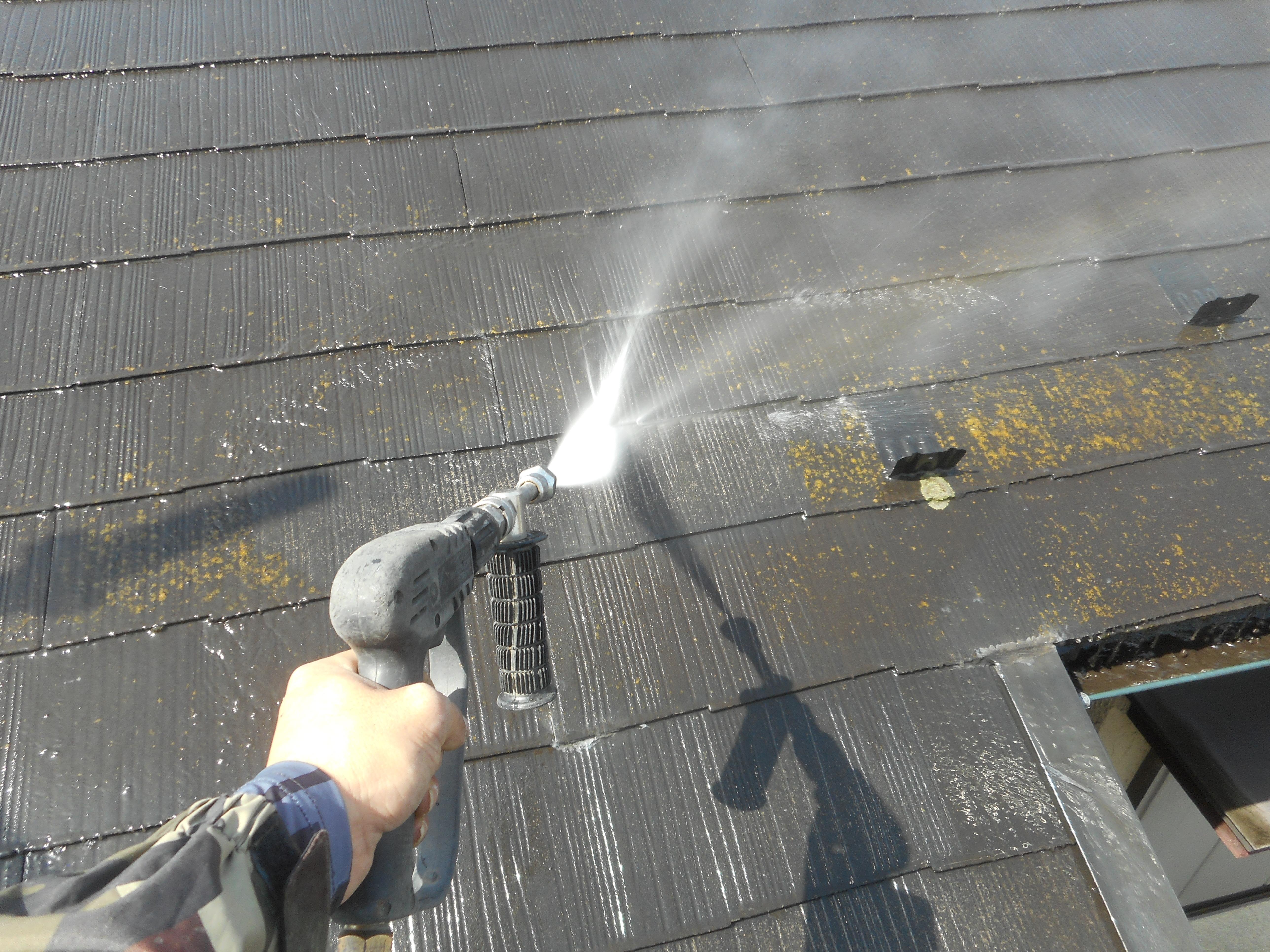 【川口市】外壁塗装&屋根専門店 カワグチペイントの 外壁 高圧洗浄2