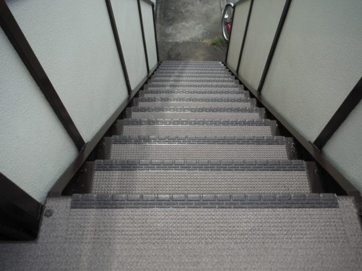 階段施工後