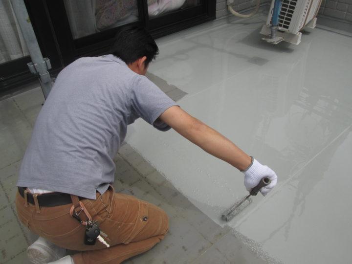 ベラン床防水 主剤1層目