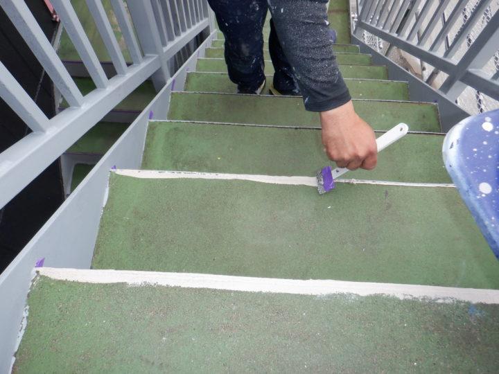 階段 コーキング処理