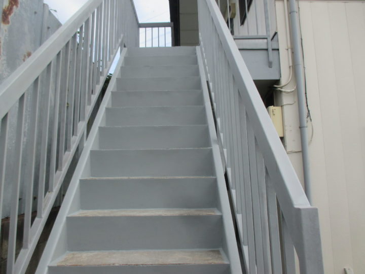 階段錆止め