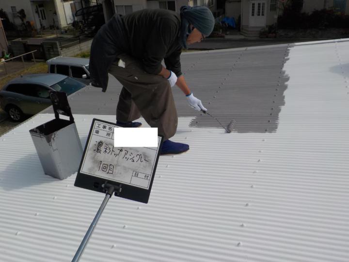 屋根上塗り 1回目