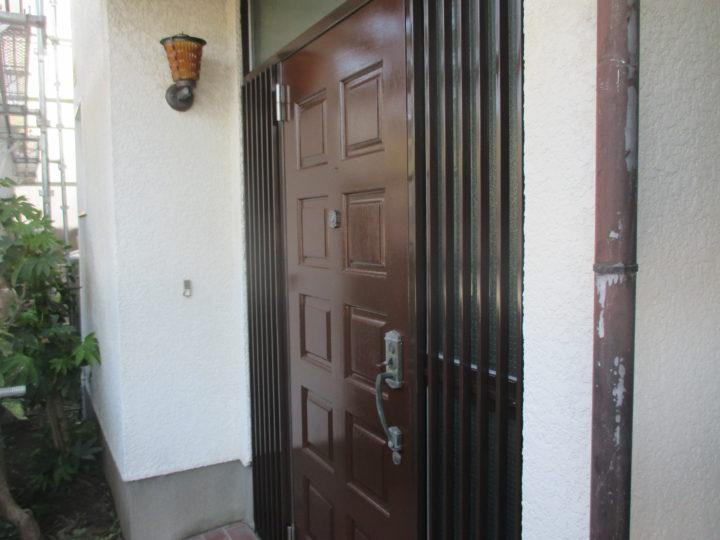 ドア塗装工事完成