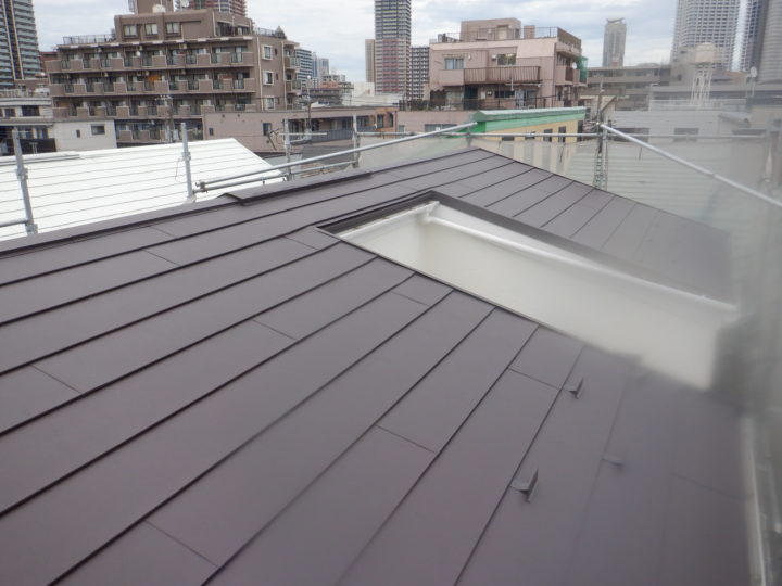 屋根カバー工法工事完成後